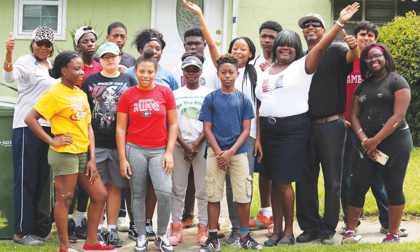 Williams Family shown members of Savannah Youth Ambassadors