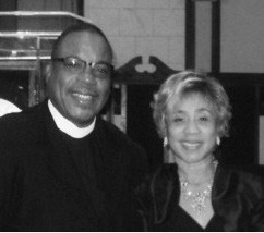 Pastor Dr  Willie E  Johnson of Holy Jerusalem COGIC, Receives