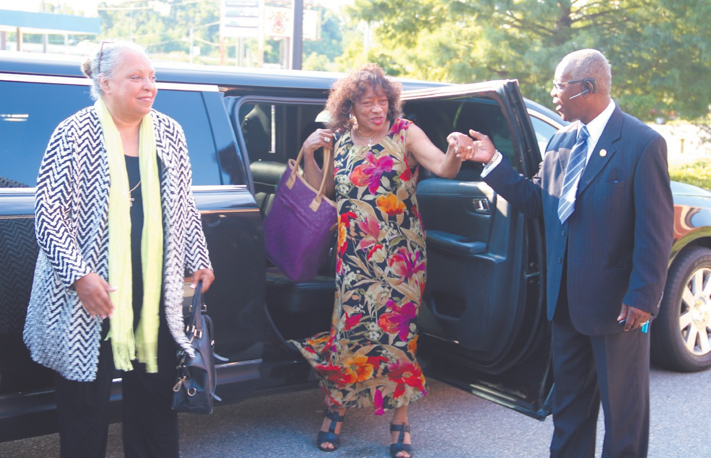 Dr. Carolyn Thomas (L) and Dr. Brenda Cross (R) received VIP treatment from Adams Limousine Service Chauffeur Eugene Artis.