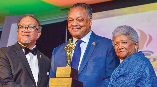 Reverend Jesse Jackson, Sr. accepts the 2018 NNPA Lifetime Legacy Award.